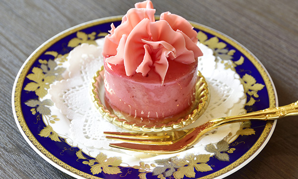 Strawberry mousse 500 yen (tax included)