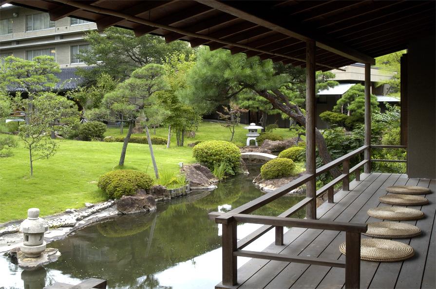 離れ:松風 庭