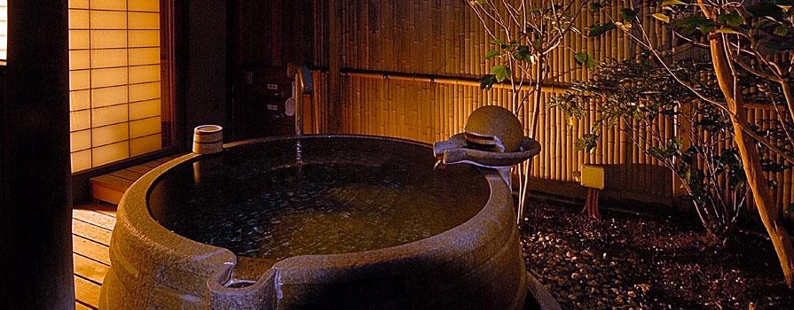 離れ:欅 露天風呂